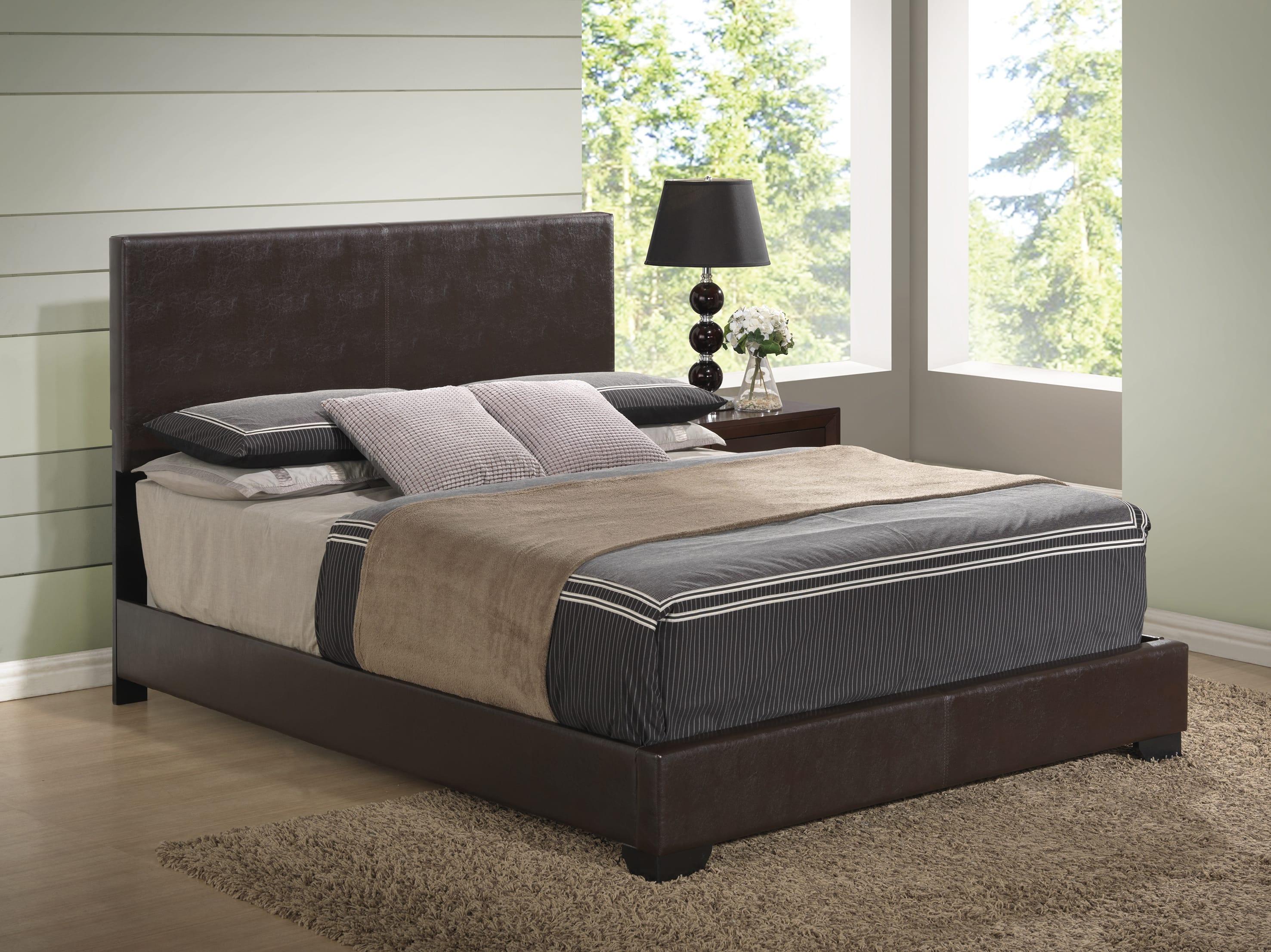 Rosa Antique Black Bedroom Set W 8103 Brown Pu Bed By Global Furniture