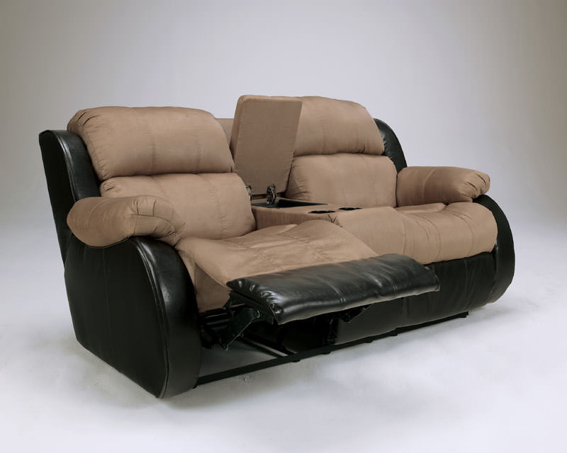 Presley Cocao Reclining Loveseat Signature Design By