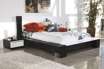 B850 Piroska Black/White Bedroom Set Signature Design by Ashley ...